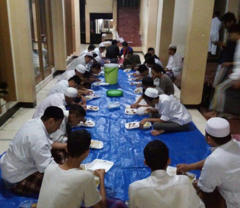 Kumpul Rutinan Para Santri Aitam YAPI